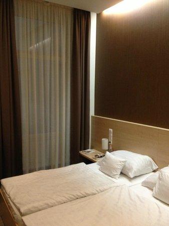 Promenade City Hotel: camera