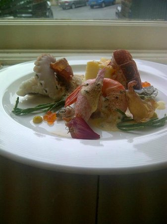 The Square Bar & Restaurant: seafood