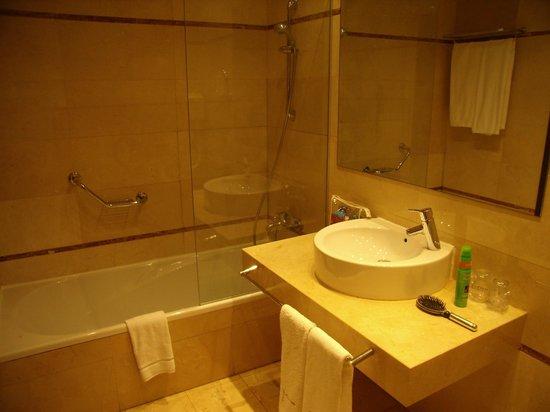 Hyltor Hotel: Badeværelse