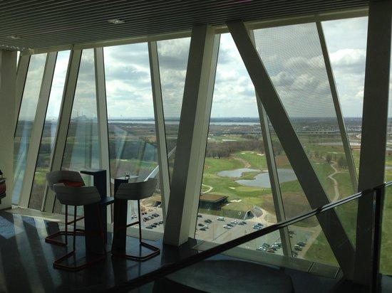 Sky Bar at Bella Sky Hotel : The view