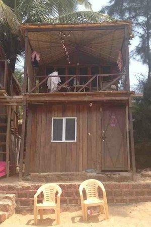 Papillon Beach Huts: Our Hut!