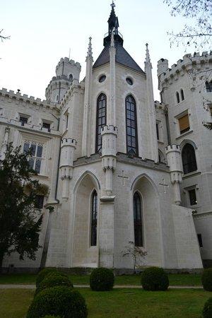 Hluboka Nad Vltavou Castle: Sideview
