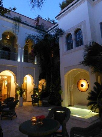 Riad Idra: Idra courtyard