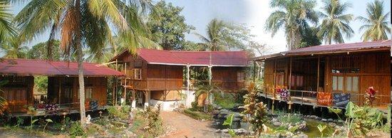 Photo of Pondok Kencana Hotel & the Ombak Tujuh Pub Pelabuhan Ratu