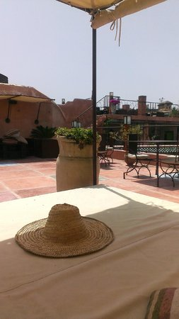 Riad Laaroussa Hotel and Spa: Roof terrace