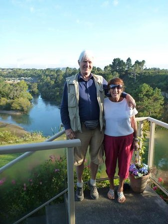 Riverview B & B Taupo : on the terrace with Bonnie