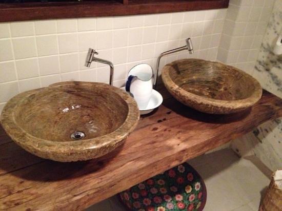 Pia do banheiro feminino  Foto de Restaurante Aprazivel, Rio de Janeiro  Tr # Banheiro Feminino De Restaurante