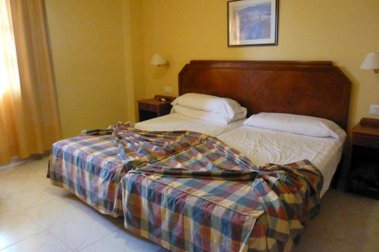 Elba Castillo San Jorge & Antigua Suite Hotel: 1 bedded sea view apartment