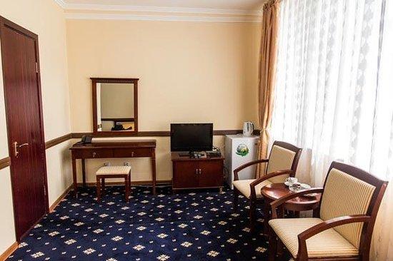 Gulistan Tour Hotel