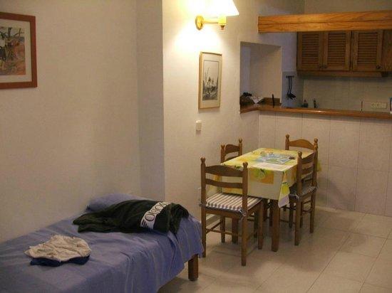 La Gaviota : soggiorno/cucina/letti