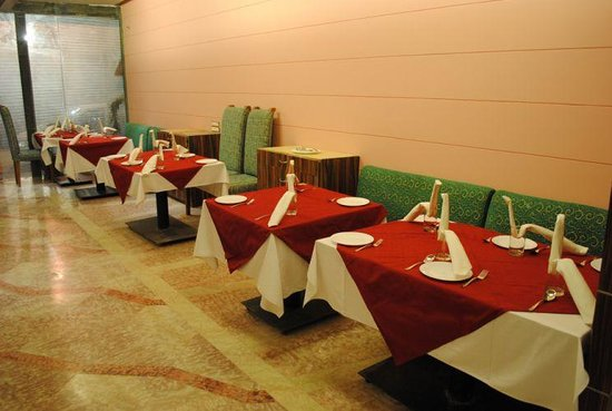 Hotel Venkatesh International, Raipur