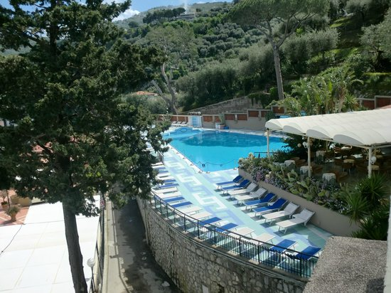 View Of The Pool Area Picture Of Hotel Bristol Sorrento Tripadvisor
