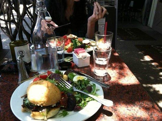 Los Olivos Wine Merchant & Cafe: Lunch at Wine Merchant & Cafe