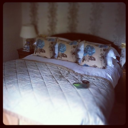 Pennyhill Park, an Exclusive Hotel & Spa: Bedroom