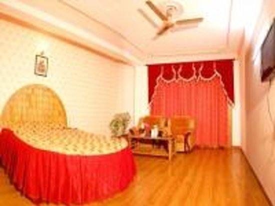 Hotel Naveen