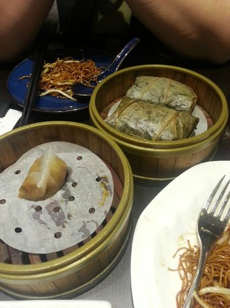 teochew fenguo and lotus leaf glutinous rice