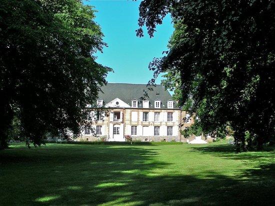 Chateau du Landel : Le château vu du parc