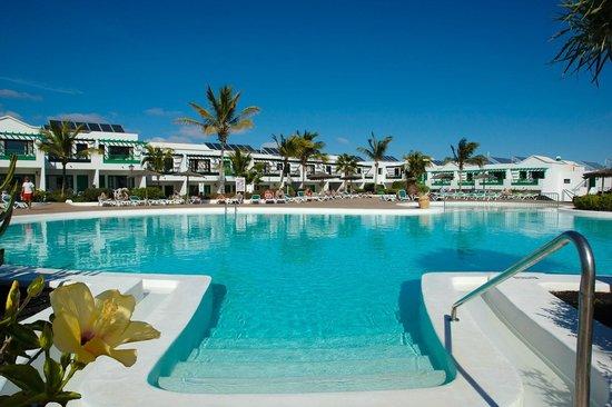 Costa Sal Villas and Suites: Main pool