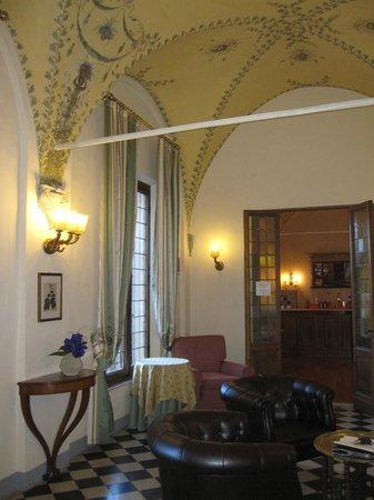 Palazzo Ravizza: corridoio ristorante
