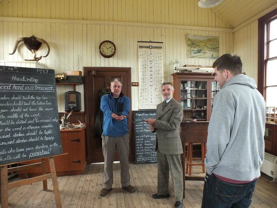 Highland Folk Museum: Getting the belt in The Old School House