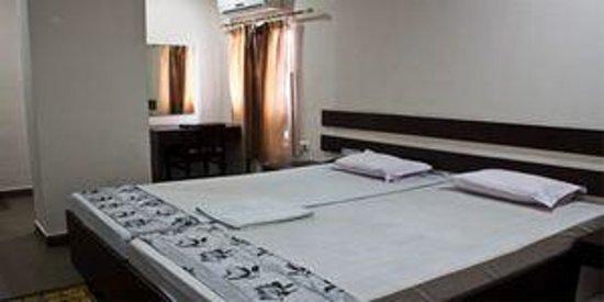Hotel Arya Inn