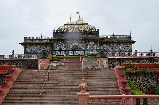 Palace of Gold Lodge