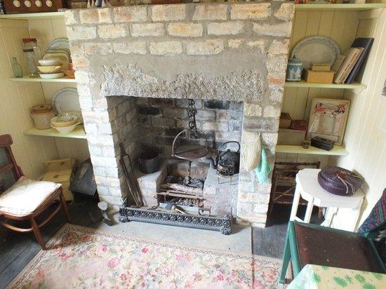 Highland Folk Museum: Fireplace