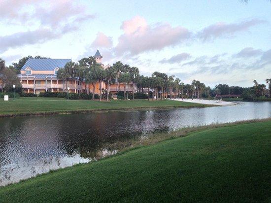 Disney's Caribbean Beach Resort: Lake view