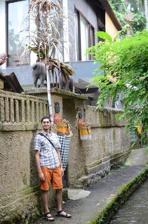 Mulawarman Ubud Bali: Entrance