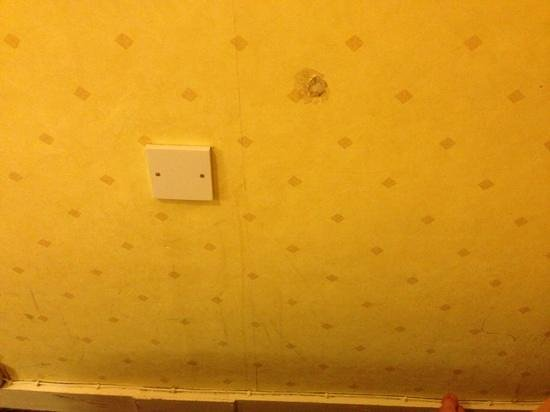 Westone Manor Hotel: scuffs, scratches and holes in the wall