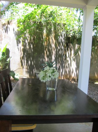 The Last House: Dining in the garden
