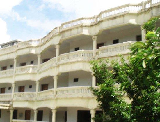 bangladeshi motel