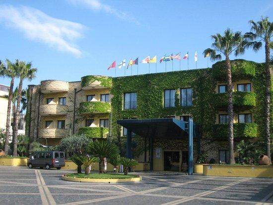 Sotto le lenzuola bild fr n hotel caesar palace - Hotel caesar palace giardini naxos ...