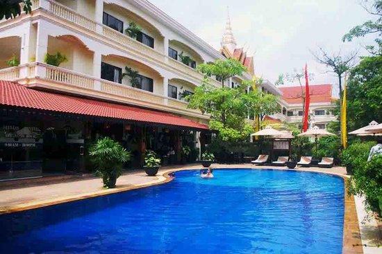 Photo of Angkor Hotel Phnom Penh