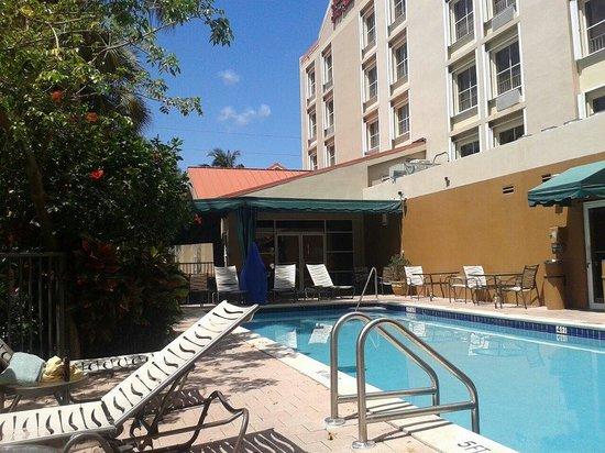 Hampton Inn & Suites Ft. Lauderdale Airport/South Cruise Port: pool