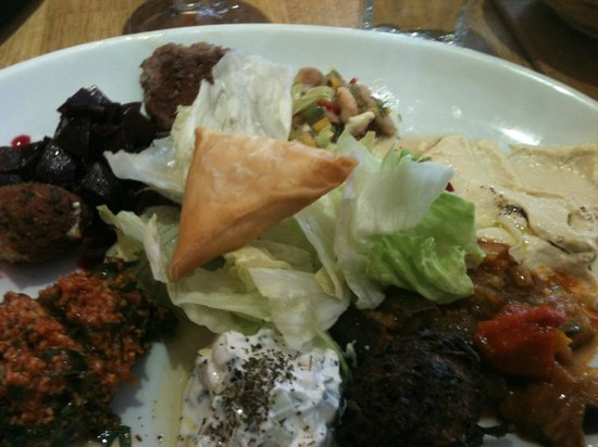 Cafe Trio: Hot and Cold Meze meal