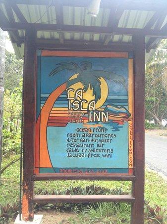 Paradise Island Lodge : Cartel de la entrada