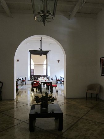 The Fort Printers: Dining room with soaring ceiling