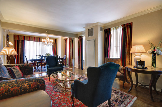 The Whitehall Hotel : Presidential Suite