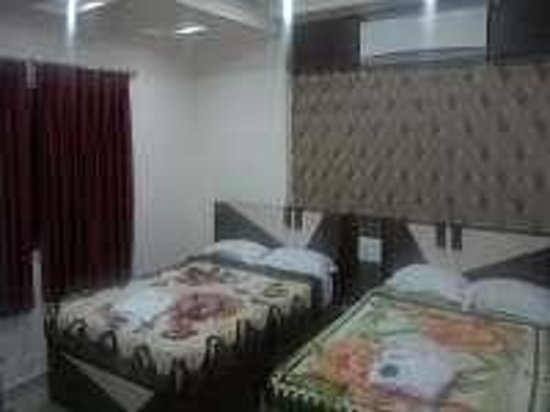 Hotel Berries Puri