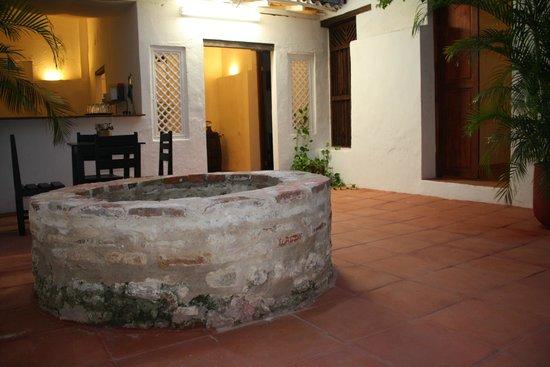 Hotel Casa Pedro Romero : Patios zonas comunes.