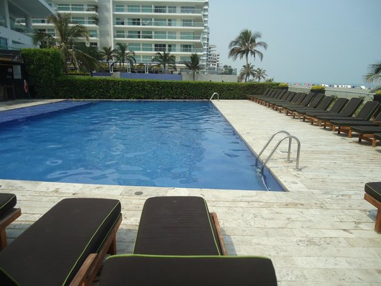 Holiday Inn Cartagena Morros: Very nice and clean Pool!!!!!!!