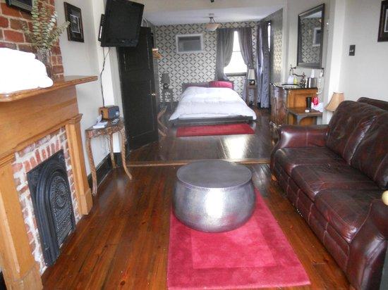 Royal Street Inn and R Bar: Storyville Suite
