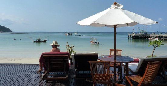Mandalai Hotel: beachfront suite