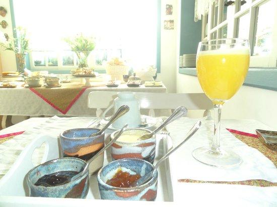 Pouso Caminho das Artes: Café da manhã