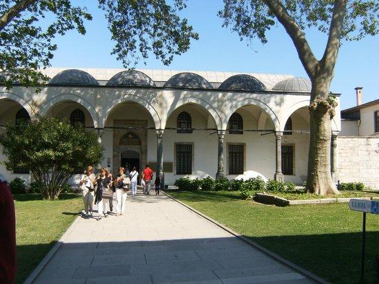 Sultanahmet District: Topkapi Palace
