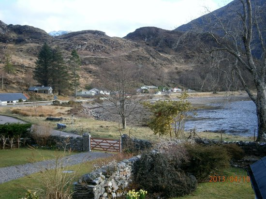 Kintail Lodge: View of the Loch