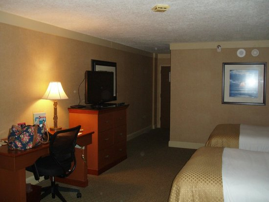 DoubleTree by Hilton & Miami Airport Convention Center: spacious and clean