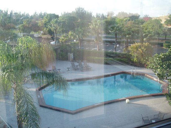 DoubleTree by Hilton & Miami Airport Convention Center: view from our room