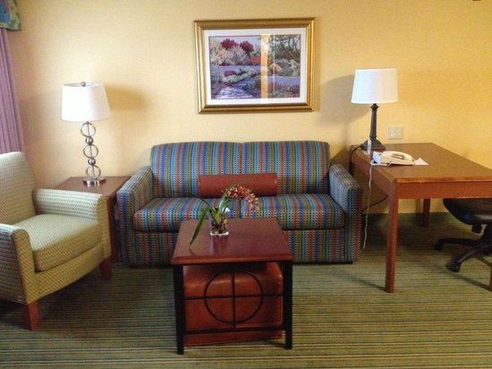 Residence Inn Monroe: Living Room